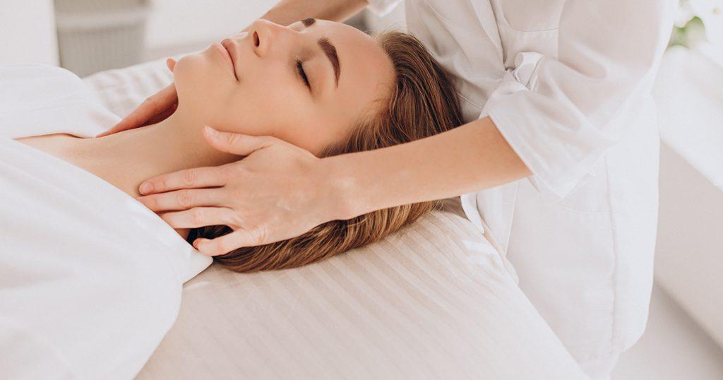 Quels sont les avantages du massage facial