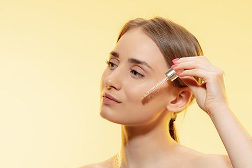 Les huiles essentielles pour chaque type de peau